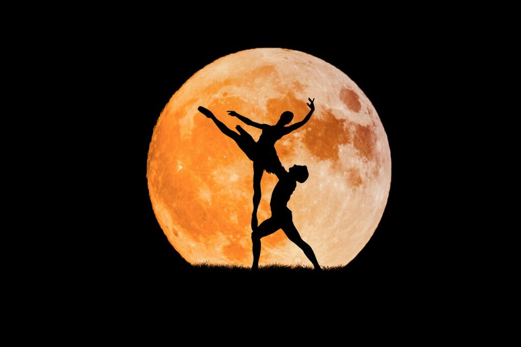 dancing couple, full moon, ballerina